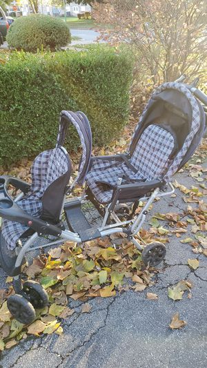 Evenflo Checkerboard print Double Stroller for Sale in North Tonawanda, NY