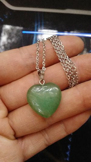 "20x20x7mm Green stone heart pendant stainless steel chain 22"" 1.5mm nivkle lead free for Sale in Richmond, CA"