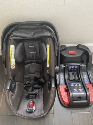 Britax B-Safe 35 Car Seat and Base for Sale in Fort Myers, FL