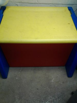 Toy box for Sale in Columbus, OH