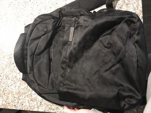 Samsung black backpack heavy duty, can carry a laptop for Sale in Greenwich, CT