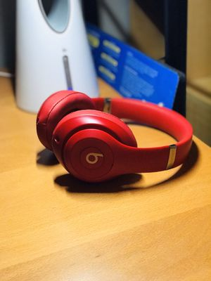 Authentic/genuine Beats Studio 3 Wireless (red) for Sale in Rancho Cucamonga, CA