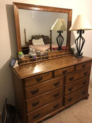Queen bedroom set for Sale in Hanford, CA