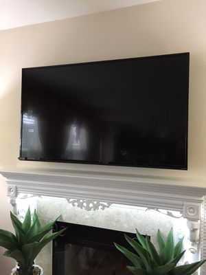 "65""inch Vizio Smart TV (or best offer) for Sale in Clinton Township, MI"