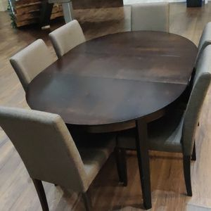 Dining Table With Chairs for Sale in Portland, OR
