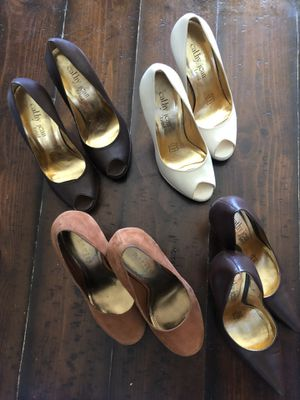 Lot of shoes - sizes 5 and 5.5 or 5 1/2 for Sale in La Mirada, CA