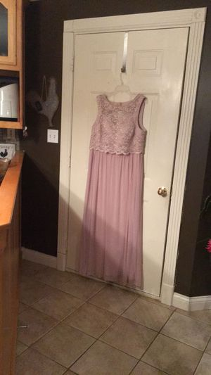 Pretty formal dress . Size 18. Worn once in a weeding as bridesmaid. for Sale in Glasgow, KY