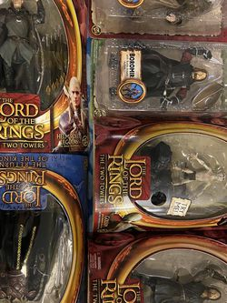 Lord Of The Rings Action Figures And Weta Busts Lot for Sale in West Linn,  OR