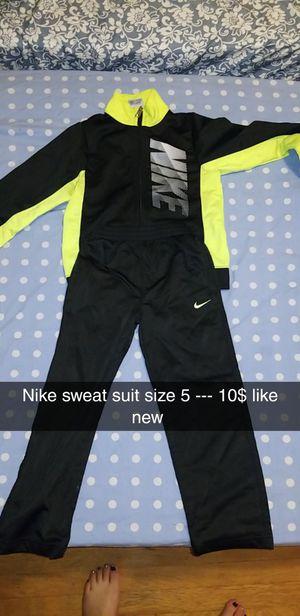Nike & jordan for Sale in Brooklyn, OH