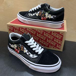 Women's Vans Old Skool Shoes Black Checker Floral Brand New Sizes 5.5 or 6.0 skate skateboarding for Sale in Brea, CA