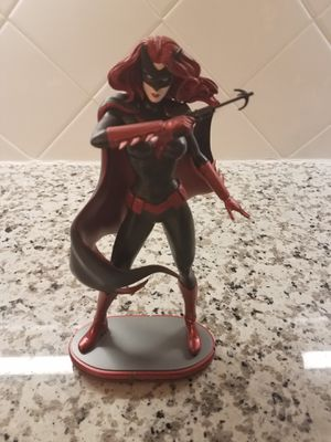 DC Collectibles Batwoman Statue for Sale in SIENNA PLANT, TX