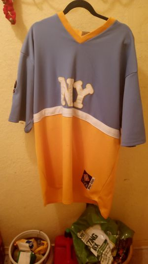 Nergo League Baseball NY Yankees XXL Jersey. for Sale in Dallas, TX