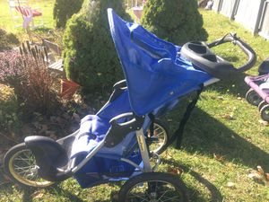 Babytrend stroller for Sale in Buffalo, NY
