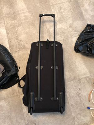 Duffle Bag with wheels for Sale in Orlando, FL