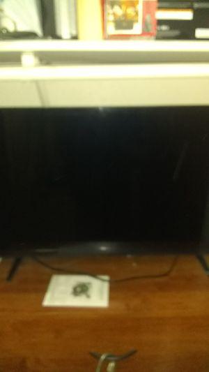 Visio 4k 32' internet ready for Sale in Auburn, WA