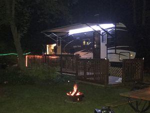 Dutchmen aspen travel trailer for Sale in Carol Stream, IL