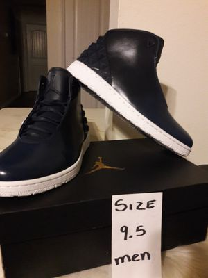 JORDAN SIZE 9.5 FOR MEN for Sale in Highland, CA