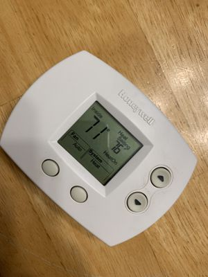 Honeywell digital thermostat for Sale in Jamestown, NC