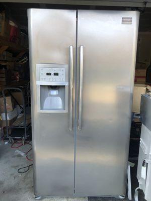 Fridgeaire 4-piece kitchen appliance set for Sale in Gig Harbor, WA