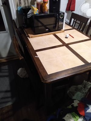 Dining room table for Sale in Abilene, TX