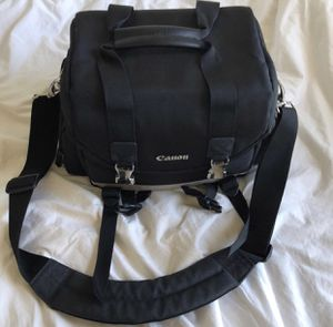 Canon 200DG Deluxe Gadget Bag for Sale in Arlington, VA