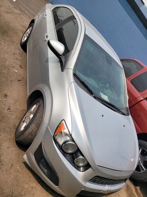 2013 chevy sonic for Sale in Anaheim, CA
