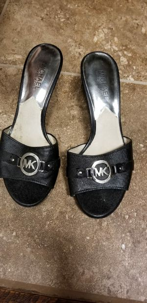 Michael Kors shoes size 7 for Sale in Dallas, TX