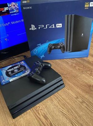 PS4 pro for Sale in Island Grove, FL