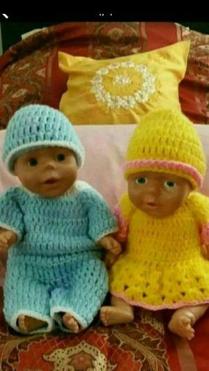 NIÑA Y NIÑO,,,,,(recién nacidos )( el niño tiene sus partes) (in pacoima ca ) for Sale in Los Angeles, CA