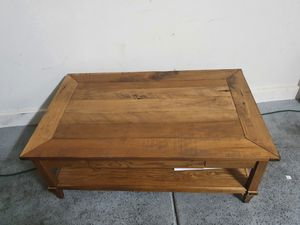 Center / coffee table - WOOD for Sale in Las Vegas, NV