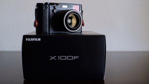 FujiFilm X100F for Sale in Phoenix, AZ