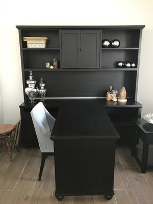 Fabulous writing and computer desk! for Sale in Sheridan, IN