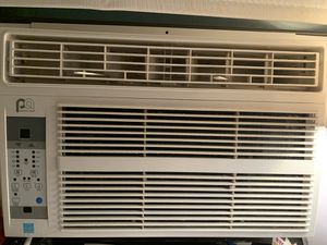Air Conditioning 6,000BTU for Sale in The Bronx, NY