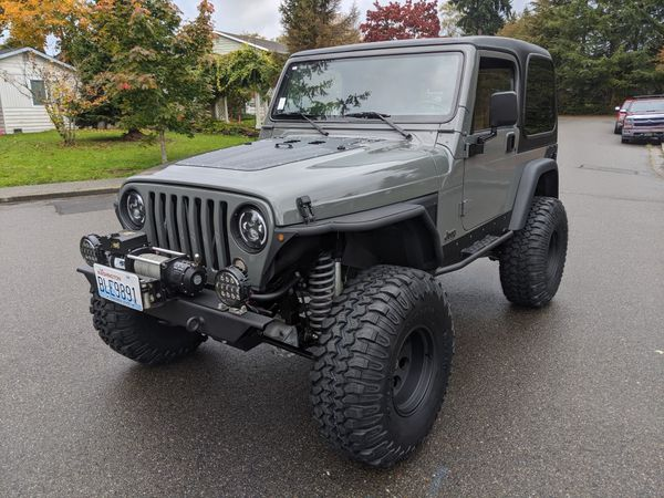 Jeep Wrangler TJ Sahara 4.0, Manual, Sting-Gray, Lockers, Long Arms Lift