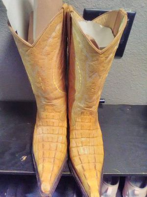 Cowboys boots for Sale in Edgewood, WA