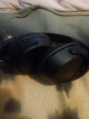 Skullcandy riff wireless headphones for Sale in Mayfield, KY