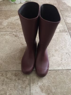 Ugg rain boot size 10 for Sale in Fayetteville, NC