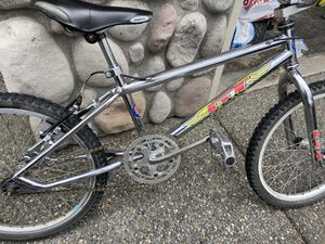 1994 GT Mach One BMX kids bike for Sale in Puyallup, WA