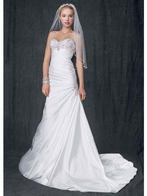 Davids bridal wedding dress for Sale in TEMPLE TERR, FL