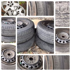 Set of 4 Toyota Camry Tires 205-65-R15 and 3 Rims for Sale in Elma, WA