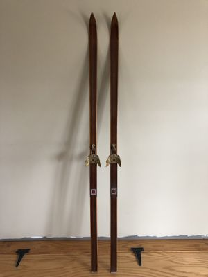 Antique Bonna model 2000 wood cross country skis for Sale in West Warwick, RI