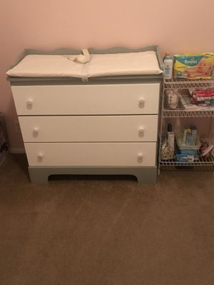 Baby changing table 3 drawer dresser for Sale in Oak Park, MI