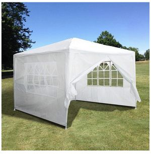 Brand new, easy to assemble tent!!! Still in the box! for Sale in Chicago, IL