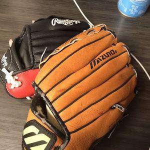 Children Baseball Gloves ($20) Pick Up Only Mesa Baseline & Stapley for Sale in Mesa, AZ
