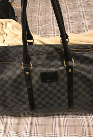 Louis Vuitton Duffel Bag for Sale in Washington, DC