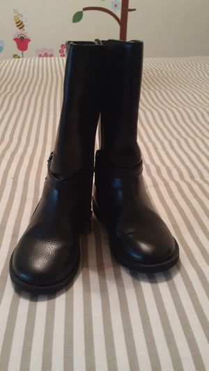 Girl shoes (boots) size 8t for Sale in Los Angeles, CA