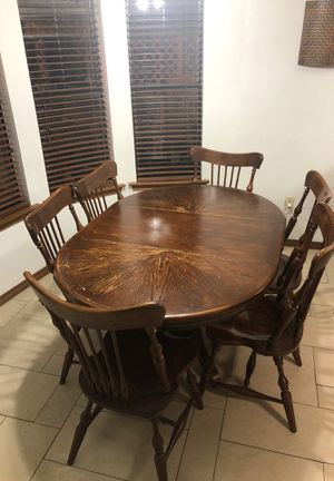 Dining table + six chairs for Sale in Irving, TX