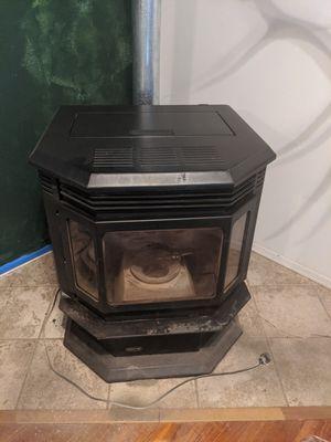 Classic Bay 1200 quadra-fire pellet stove for Sale in Show Low, AZ