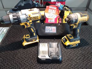 Dewalt XR Hammer drill/Driver Combo for Sale in Laredo, TX