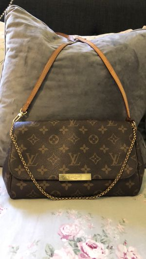 Louis Vuitton favorite mm for Sale in Spring Valley, CA